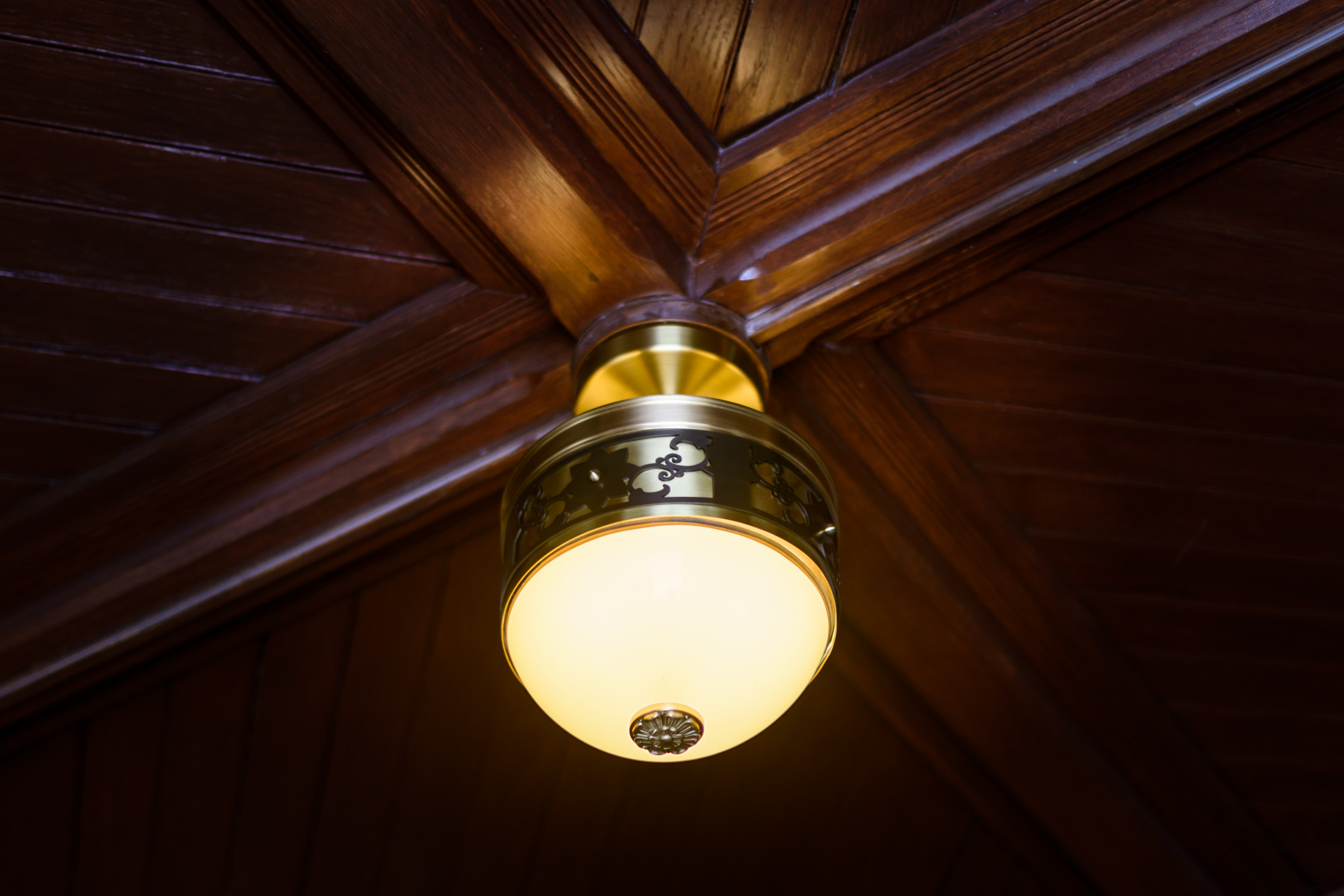 Syracuse top lighting